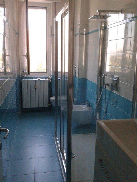 Rifacimento bagno milano:opere murarie, idraulica,mobili da Creocasa
