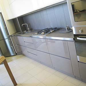 cucina-laccata-lucida-moderna-copertina