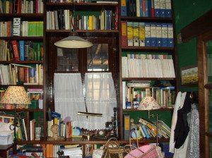 libreria realizzata sul posto