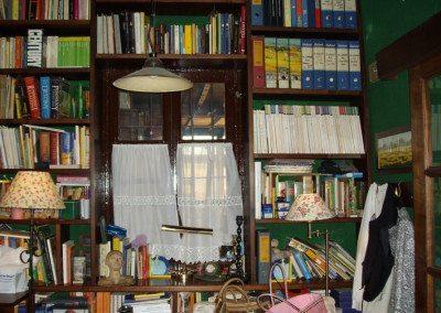 libreria-in-massello-di-legno