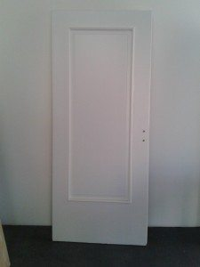laccatura: porta laccata