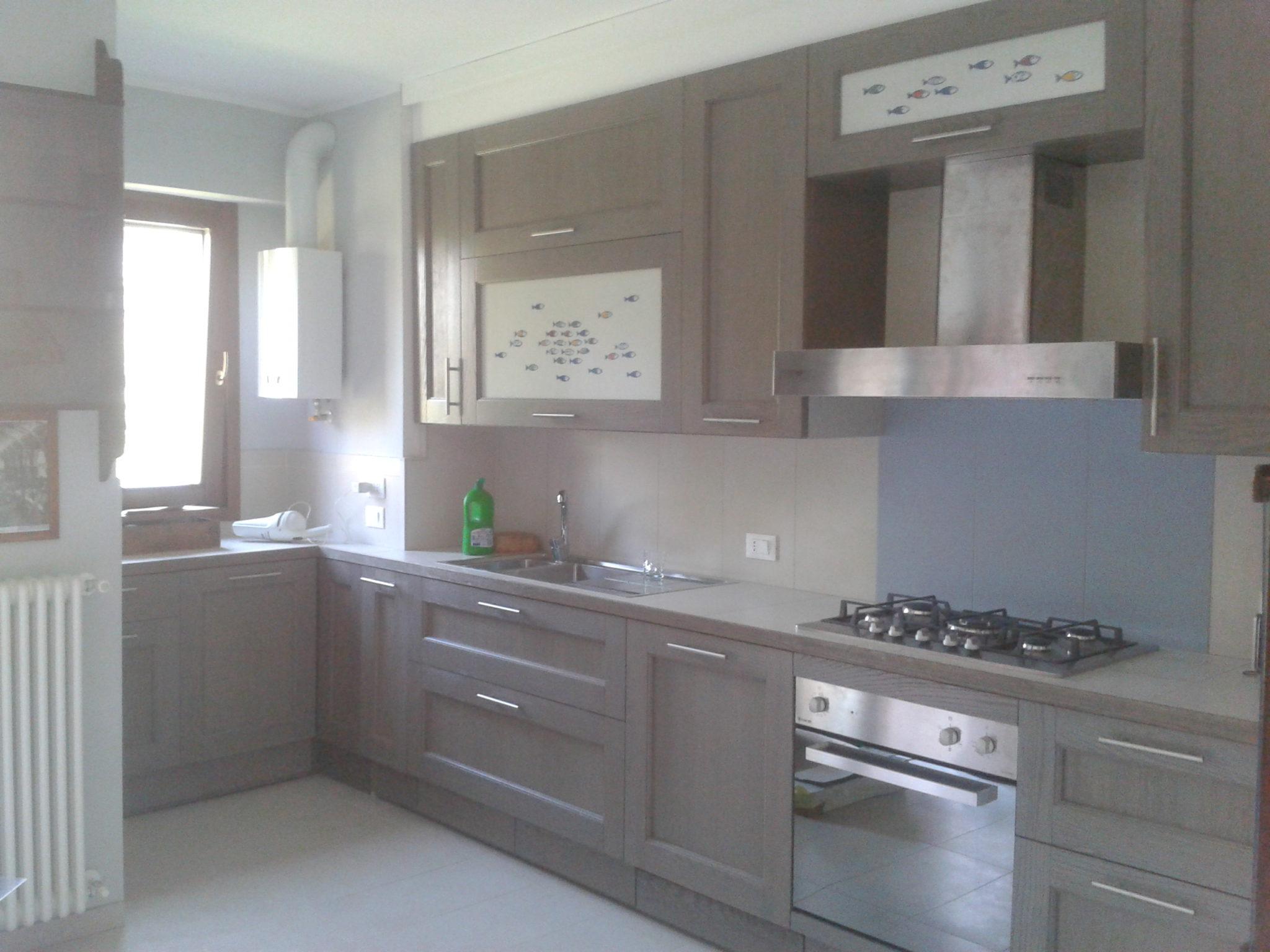 Cucine su misura in legno i mobilieri in zona vigentina - Mondo convenienza cucine su misura ...