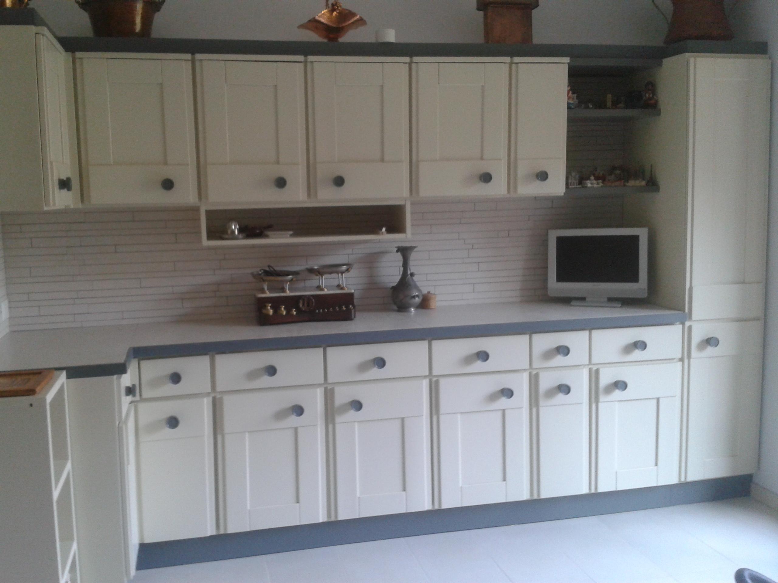 Angolo Cucina Riprogettato Mantenendo I Vecchi Mobili Con Una Nuova  #50627B 2560 1920 Piano Di Lavoro Cucina Ikea Su Misura