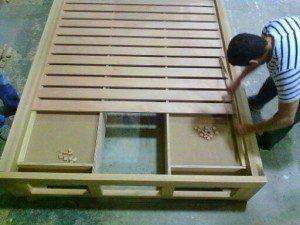 letto in legno contenitore co cassetti