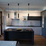 Arredare una cucina con isola: come organizzarla e gli errori da evitare